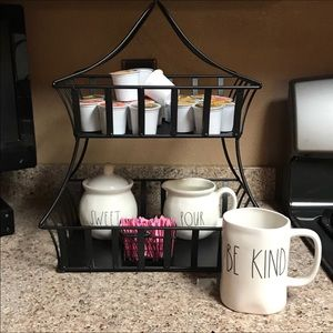 Two tiered coffee caddy